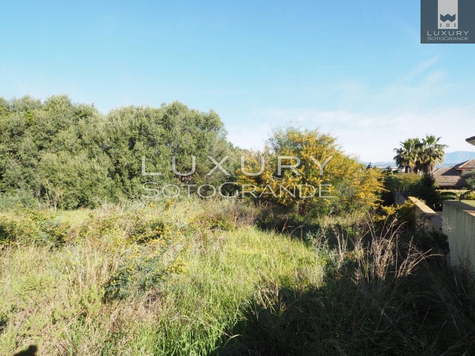 Lovely plot for sale in the B zone of Sotogrande
