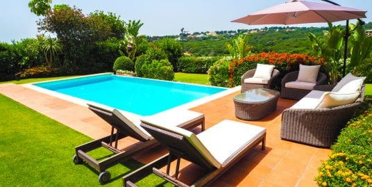 Sophisticated Villa for Holiday Rental Located in Sotogrande de Los Cortijos