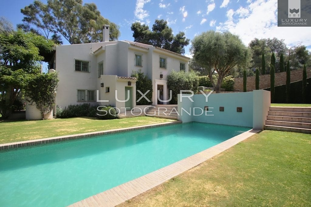Spectacular 6 Bedrooms Villa in Sotogrande Costa