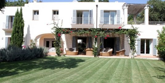 Protected: Charming villa for rent in the heart of Sotogrande Costa