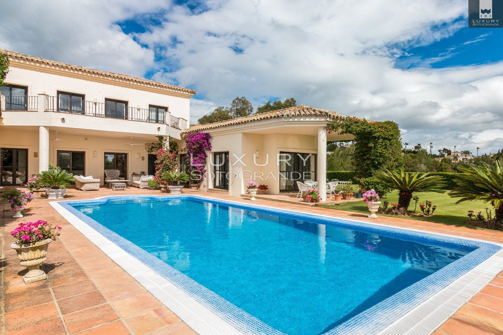 Front line villa for sale, Sotogrande Alto