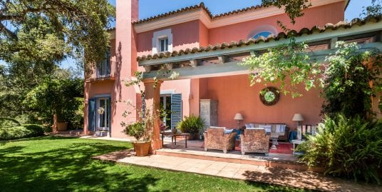 Beautiful villa for sale Altos de Valderrama, Sotogrande Alto
