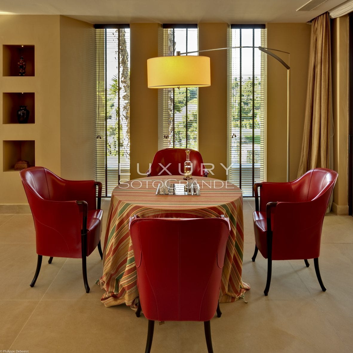Card table in living room - Luxury Sotogrande - Estate ...