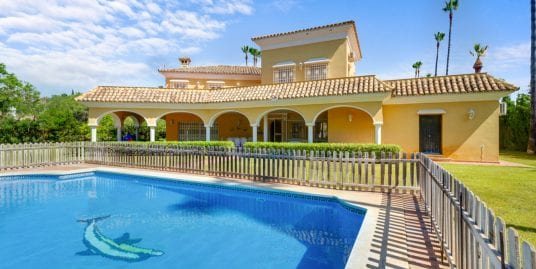 Protected: Family villa for rent in Kings and Queens Sotogrande