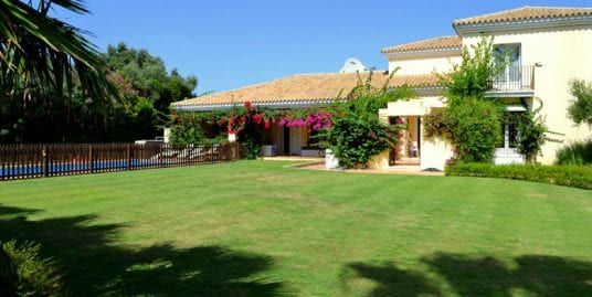 Beautiful family home available for summer rentals, Sotogrande Alto