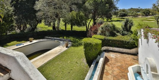 Villa to reform in probably the best front line plot of Sotogrande for sale