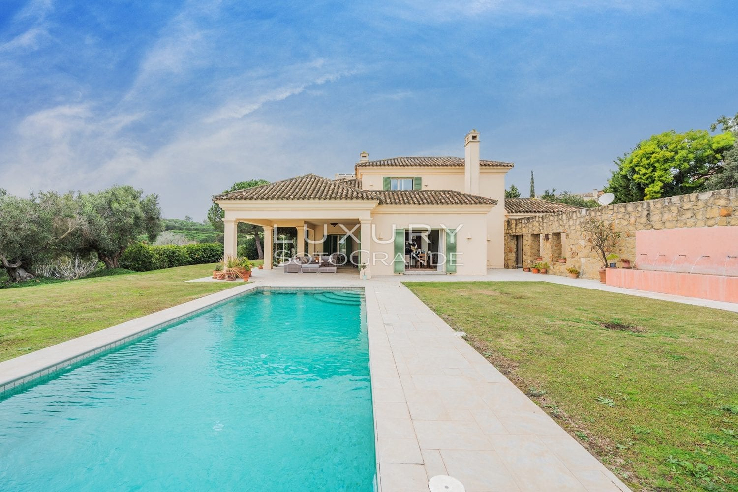 Beautiful villa with incredible sea and golf views for sale in Almenara, Sotogrande