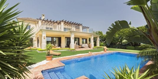 Stunning 4 bedroom Villa for sale in Sotogrande Alto
