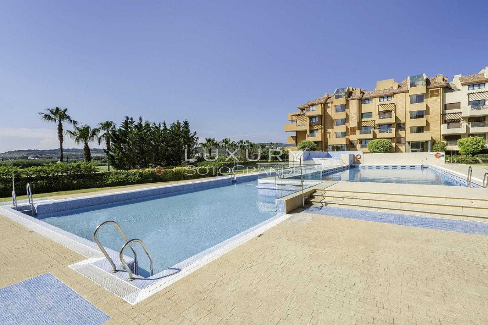 Stunning ground floor apartment for sale in Ribera de Marlin, Sotogrande