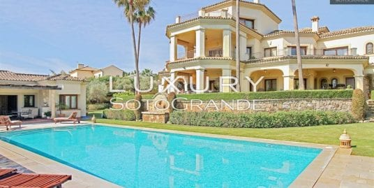 Spectacular Villa for sale in Sotogrande Alto SL