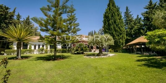 Elegant Andalucía style villa in Kings and Queens, Sotogrande Costa