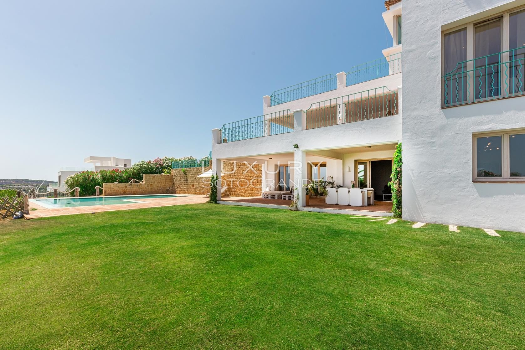 Classic style villa with stunning panoramic views Sotogrande Alto