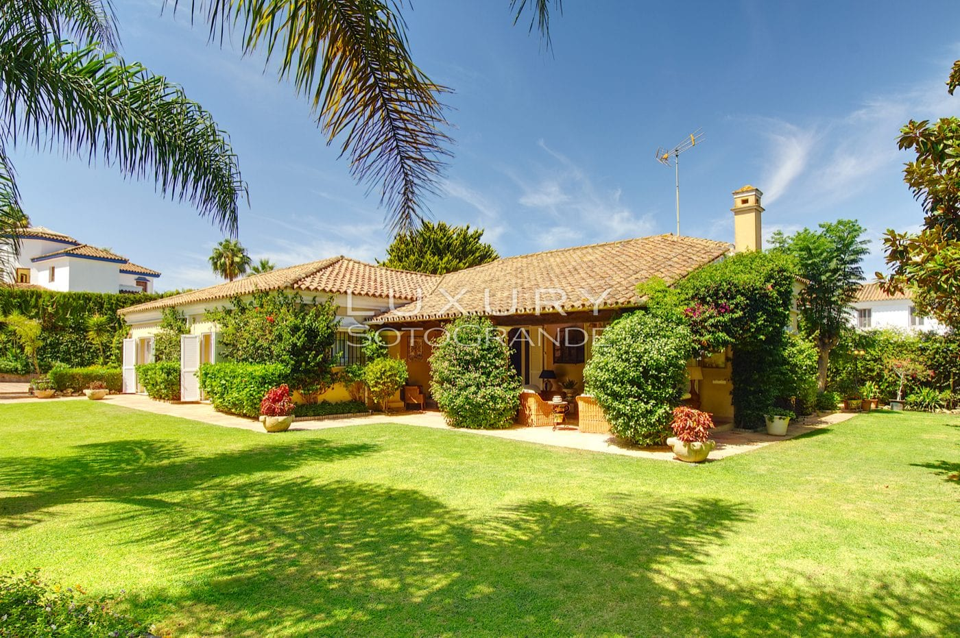 Traditional Spanish style villa for rent in Sotogrande Costa