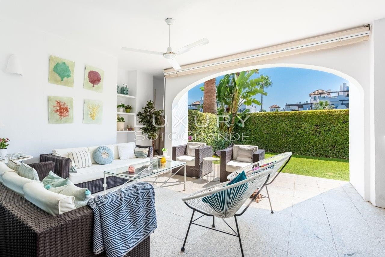 Fabulous ground floor apartment located in El Polo, Sotogrande Costa
