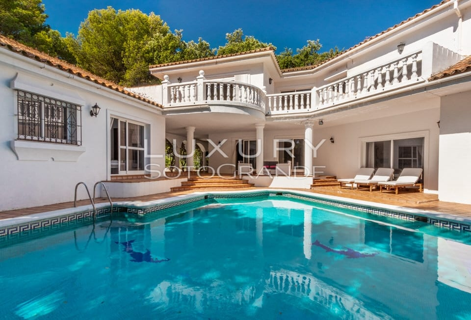 Wonderful Villa in quite area of C zone, Sotogrande Alto