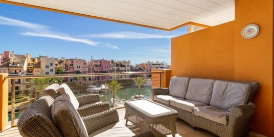 Stunning 2 bedroom apt in the exclusive Ribera del Marlin, Sotogrande