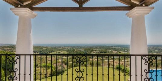 Spectacular villa for sale in La Reserva, Sotogrande