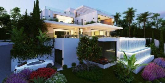 Newly built villa with amazing views in La Reserva, Sotogrande